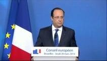 """Tribune de Sarkozy : """"Toute comparaison avec des dictatures est insupportable"""" répond Hollande"""