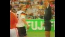 Coupe du monde 1990 : Quand Frank Rijkaard crachait sur Rudi Völler