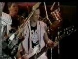 The Clash - Guns Of Brixton (Live)