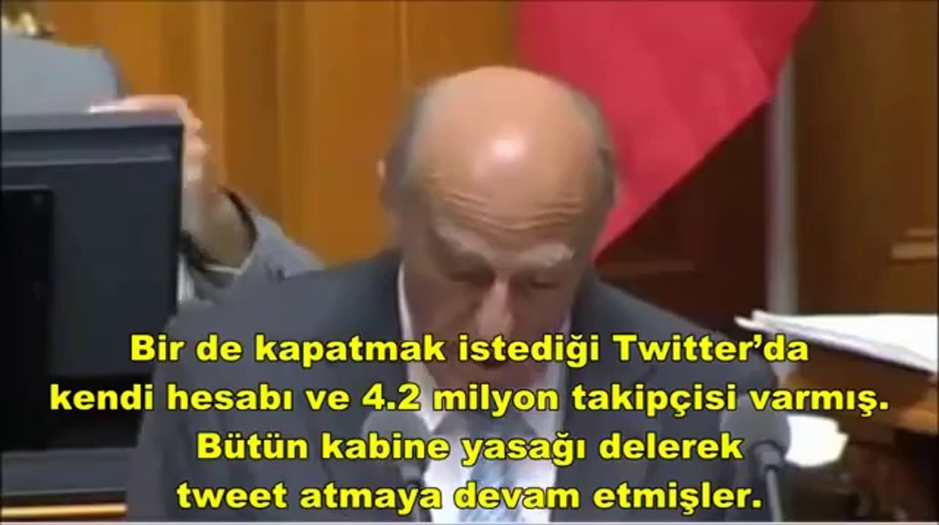 İsviçreli Bakanın Twitter Yasağını Anlatırken Gülme Krizine Girmesi By Daraske