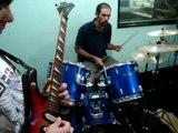 musica instrumenta de rock and roll de una banda de pto iguazu