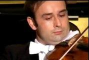 La combinaison de Mozart et 007-007 Meets Mozart