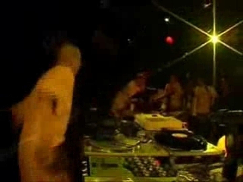 Clash DJ noise vs DJ sneke