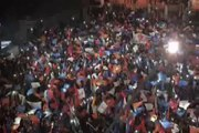Başbakan Recep Tayyip Erdoğan, AK Parti Genel Merkezi önünde toplanan vatandaşlara seslendi
