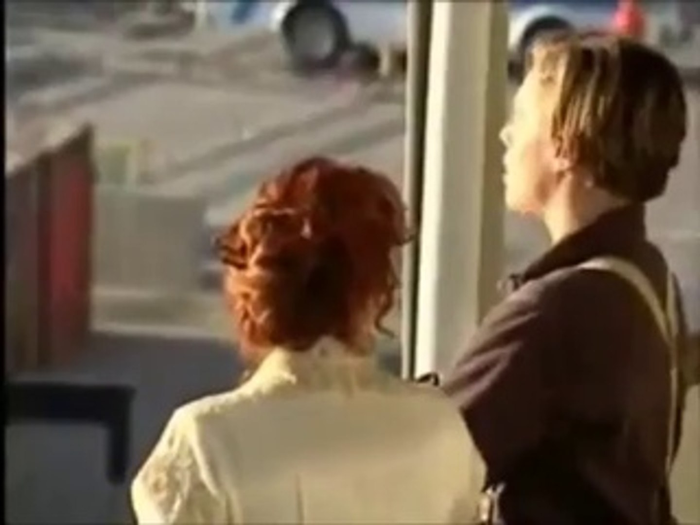 TITANIC - BEHIND THE SCENES AND BLOOPERS (1997) - Leonardo DiCaprio, Kate  Winslet - Entertainment/Celebrity/Movies