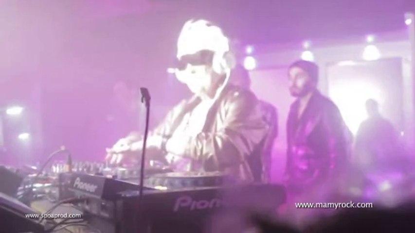 Ruth Flowers Mamy Rock DJ Set intro @ Queen Club Paris