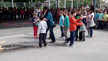 Lancement réussi de fusées à eau à l'école élémentaire de Saint-Denis-de-Pile