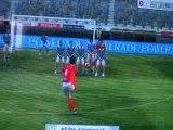 Image de 'Juninho sur coup franc, aidé de Buffon'
