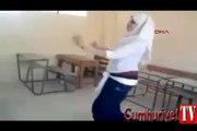 Genç kızın göbek dansı izlenme rekoru kırıyor