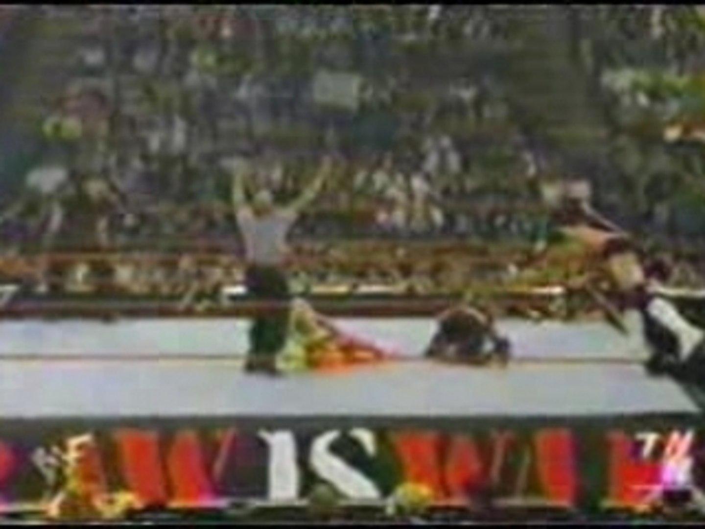 Matt Hardy & Lita vs Hurricane & Torrie