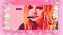 Avril Lavigne ; Sei cosi bella e sai perchè? Perchè non c'è nessuna come te.