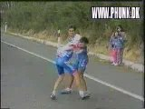 VIDEO DROLE - Baston de cycliste 1