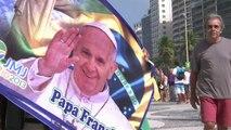 Brésil: Le Pape attendu de pied ferme par les catholiques