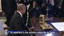 """Syrie: Le pape François et Vladimir Poutine ont appelé à la paix pour """"toutes les composantes ethniques et religieuses"""""""