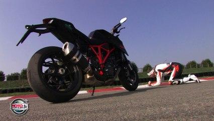 Essai violent : KTM Superduke R, le méchant roadster qui rend les méchants gentils - Vidéo Dailymotion