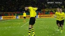 Dortmund kämpft sich gegen Wolfsburg ins Pokal-Finale