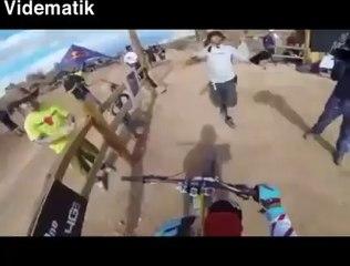 Tehlikeli bisiklet sürüşü