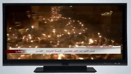 La Lumière Sainte se propage parmi les fidèles, Jérusalem 19/04/2014