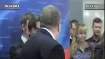 Λεσβιακό κορίτσι σαγηνεύει