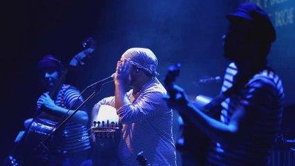 Le Tour du Monde en 80 minutes par l'Orchestra di Piazza Vittorio