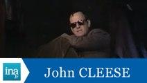 John Cleese répond à John Cleese (Part 2) - Archive INA