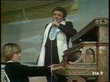 """Jacques Martin """"Le piano de la plage"""" (live officiel) - Archive INA"""