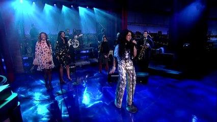 "Kelis perfroms ""Jerk Ribs"" at Late Show with David Letterman"