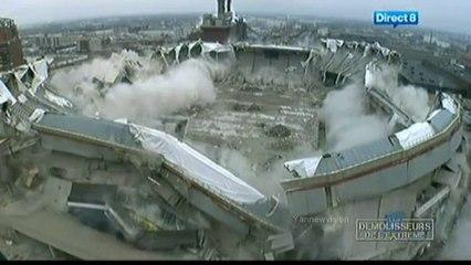 RCA Dome IMPLOSION - Different cam angles (Blowdown / Démolisseurs de l'extrême) 2008