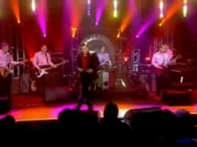Morrissey - Live on Album Chart Show (I)