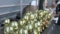 Chine : les autorités détruisent 1608 copies illégales de la coupe du monde