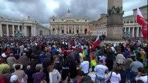 """Jean Paul II et Jean XXIII Jean Paul II, """"deux hommes courageux"""""""