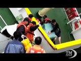 Corea Sud: capitano scappa in mutande mentre traghetto affonda. Un video incastra il comandante codardo