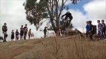 Grosse chute en mountainbike (VTT)