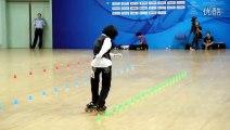 Du Slalom en roller sur le Tube de Michael Jackson : Beat It