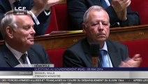 Manuel Valls rend hommage à Jean-Marc Ayrault, de retour à l'Assemblée