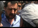 """Napoli - Matteo Salvini contestato: """"Vattene, lavati col fuoco"""" -1- (06.05.14)"""
