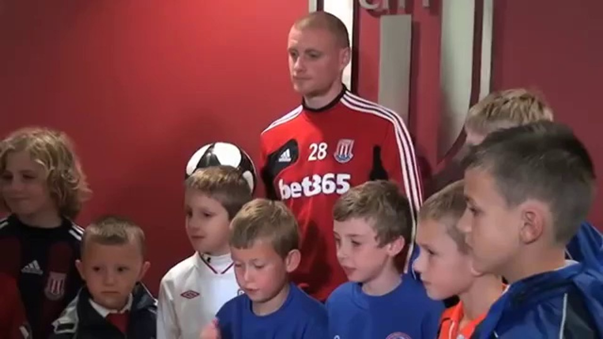 Stoke's Andy Wilkinson on inconsistent referees banning divers | Premier League 2012-13