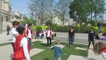 Performeurs Urbains dans les Jardins des Halles avec les Renards Urbains