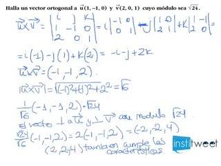 Producto vectorial, ortogonalidad con modulo definido