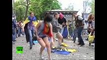 Video: Fierce street battles in Odessa, Ukraine as pro- & anti-Kiev demos clash