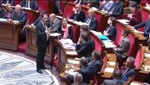 [ARCHIVE] Rythmes scolaires : réponse de Benoît Hamon au député Dino Cinieri lors des questions au Gouvernement à l'Assemblée nationale, le 13 mai 2014
