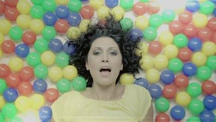 Carmen Villalba - Movida (Official Video)