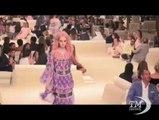 Chanel a Dubai con una collezione da Mille e una notte. La maison porta in scena la Cruise 2015