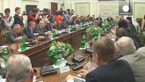 Los separatistas prorrusos dan un ultimatum a Ucrania para que retire su ejército de Donetsk y Lugansk