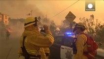 Les incendies entraînent l'évacuation de milliers d'habitations en Californie