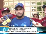 Estudiantes de Urbe protestan en rechazo a la represión policial