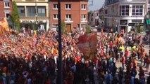 RC LENS : ambiance avant l'arrivée des joueurs place Jaurès, à Lens 17 mai 2014