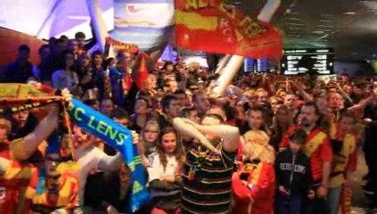 L'arrivée du RC Lens à l'aéroport de  Lesquin après la montée en Ligue 1