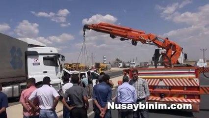 Nusaybin'de trafik kazası 1 ölü 3 yaralı