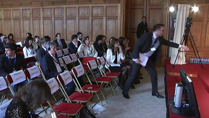 """Table Ronde : """"Participation et démocratie : renforcer le pouvoir d'agir des citoyens"""" à la Conférence de Paris"""